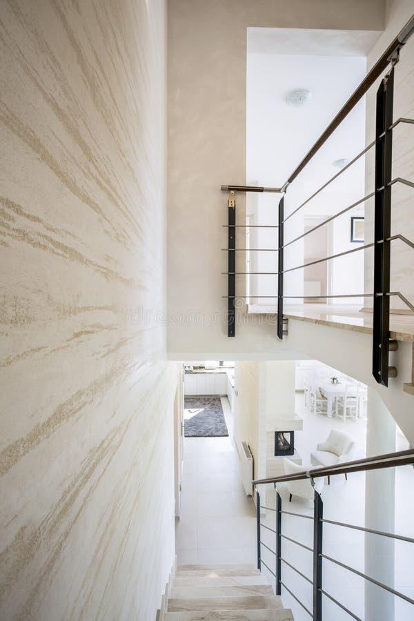 Intérieur de luxe moderne photographie stock