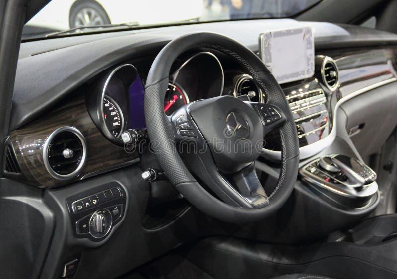Intérieur De Mercedes-Benz Vito Image stock éditorial - Image du ...
