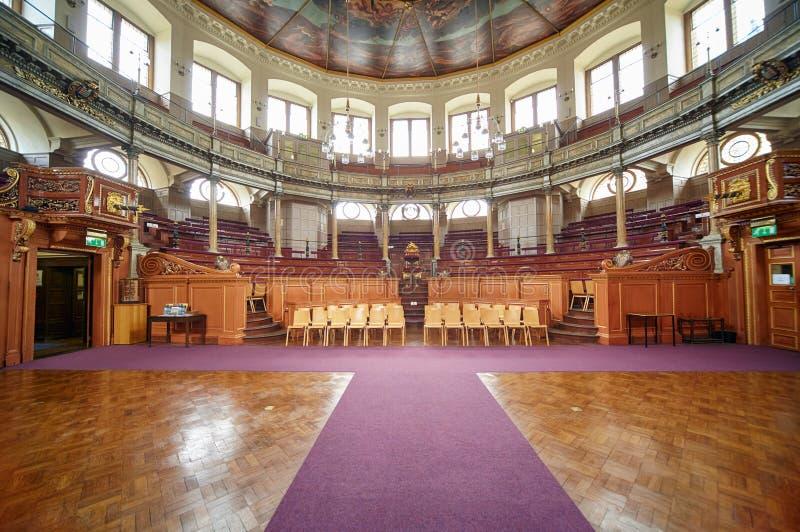 Intérieur de théâtre de Sheldonian Université d'Oxford oxford l'angleterre photographie stock libre de droits