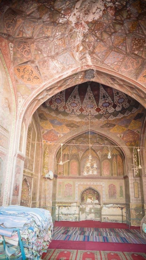 Intérieur de Wazir Khan Mosque à Lahore Pakistan image stock
