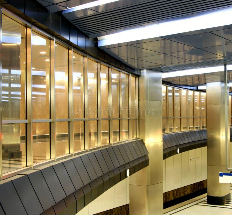 Intérieur du centre commercial image libre de droits