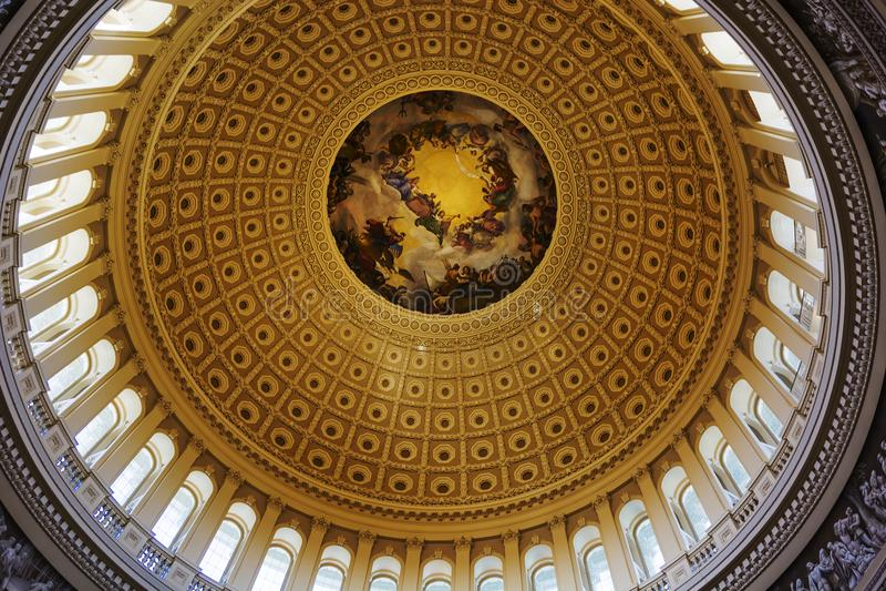 Intérieur du dôme de Washington Capitol Hill rotunda images stock