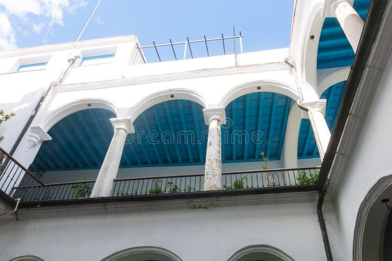 Intérieur du palais du ` s de compte de Lombillo, situé dans la place de cathédrale Vieille La Havane, Cuba images libres de droits
