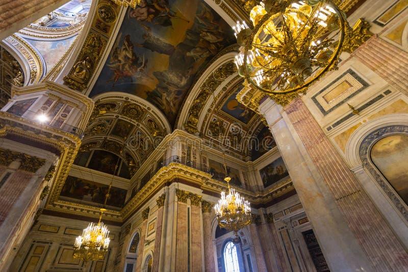 Intérieur du ` s de cathédrale du ` s d'Isaac de saint, St Petersburg photo stock