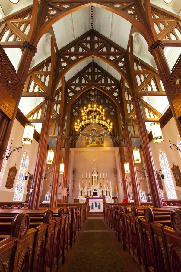 Intérieur historique d'église photographie stock