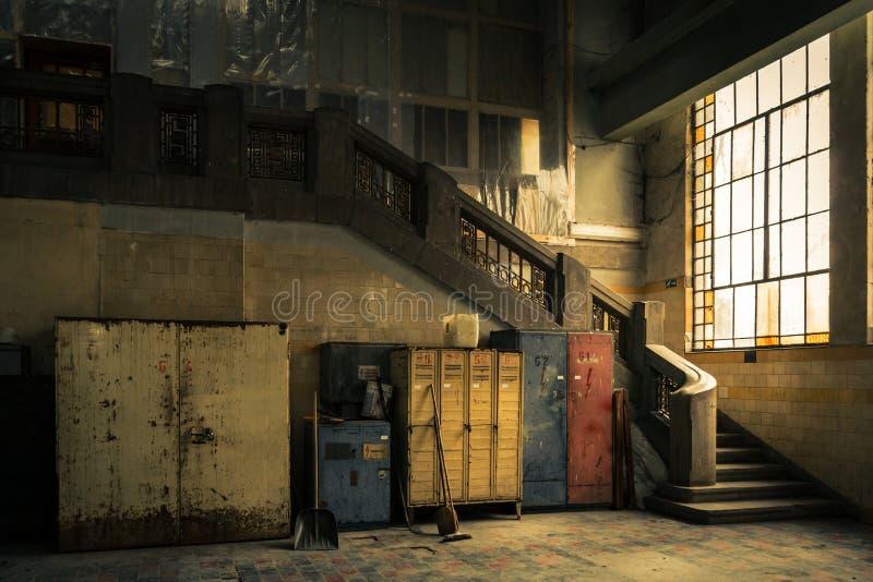 Intérieur industriel abandonné photos libres de droits