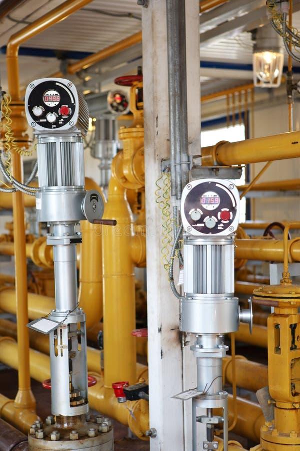 Intérieur industriel dans le traitement de pétrole et de gaz images stock