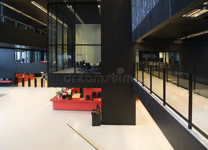 Intérieur moderne de bibliothèque photos stock