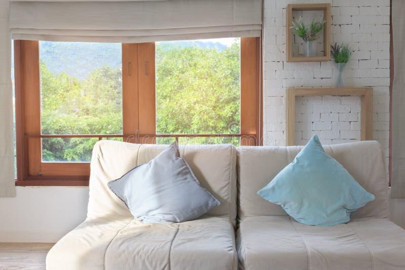 Intérieur moderne de pièce de sofa photo libre de droits