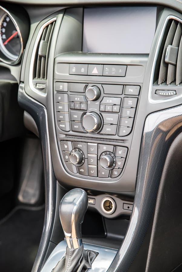 Intérieur moderne de véhicule photographie stock libre de droits