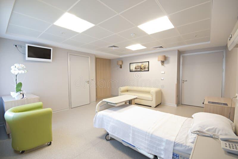 Intérieur privé de chambre d'hôpital images libres de droits
