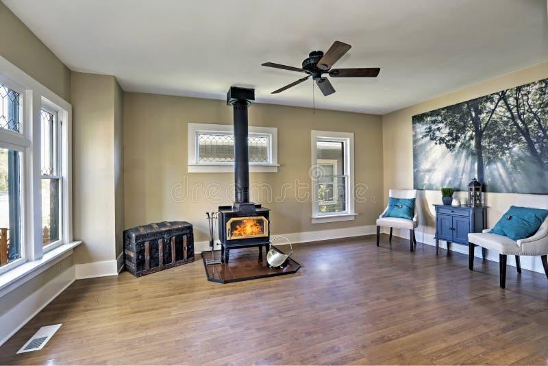 int rieur vide am ricain de salon dans le style ancien photo stock image 78996454. Black Bedroom Furniture Sets. Home Design Ideas