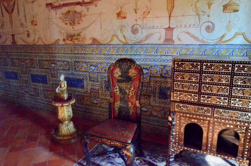 Intérieurs d'un vieux palais au Portugal photo libre de droits