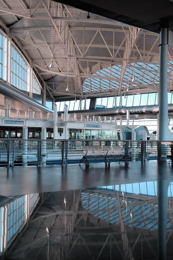Intérieurs d'une construction d'aéroport photo stock