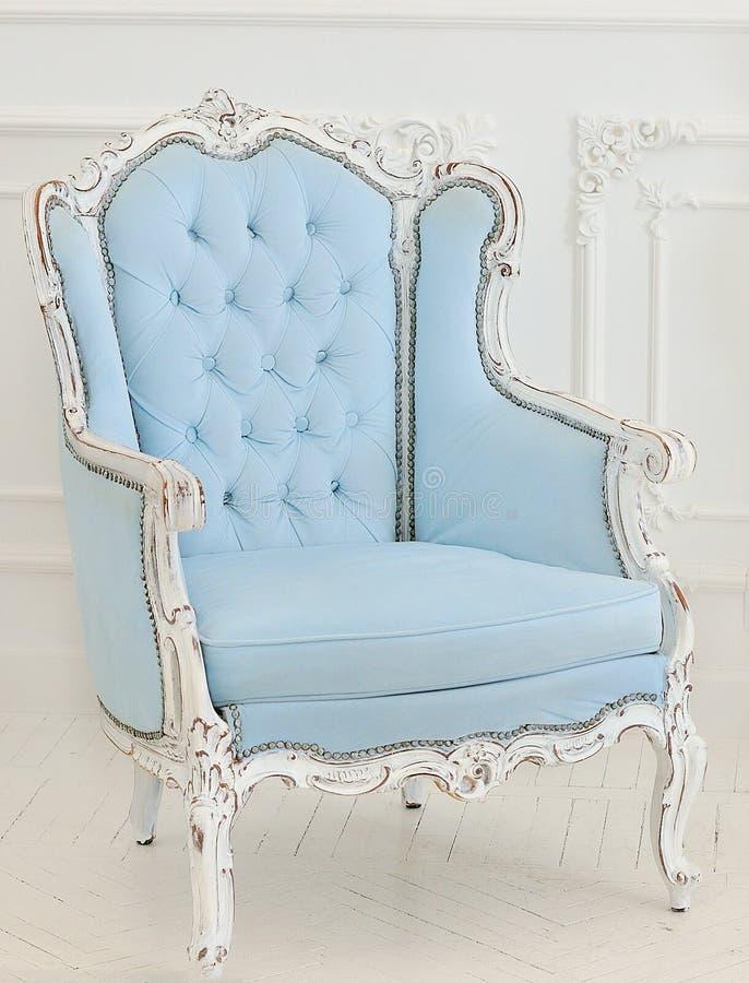intérieurs de luxe dans des tons bleus photo libre de droits