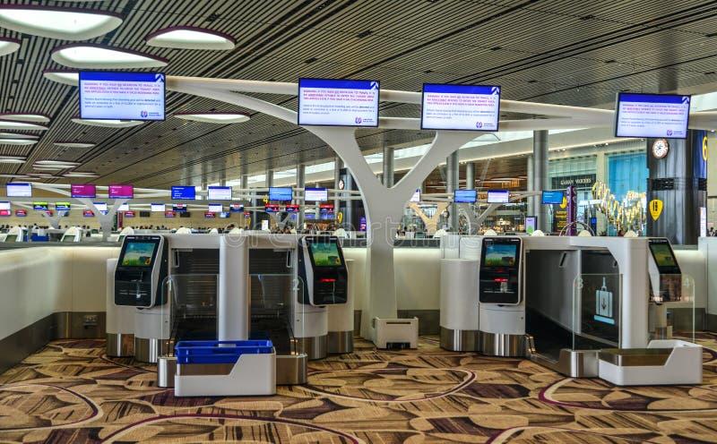 Int?rieur du terminal 4 de Singapour Changi photographie stock libre de droits