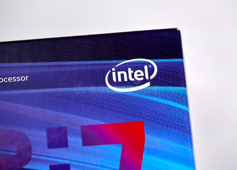Intel-Logo und CPU lizenzfreies stockbild