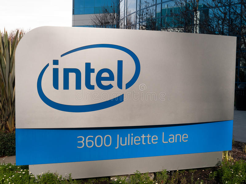 Intel-Zeichen in Santa Clara Kalifornien stockfotos