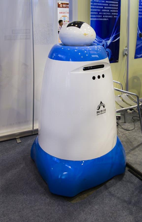 Intelligensrobot i Chengdu innovation 2016 och egenföretagandemässa arkivfoto