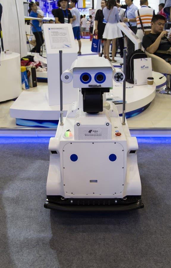 Intelligensrobot i Chengdu innovation 2016 och egenföretagandemässa arkivbild