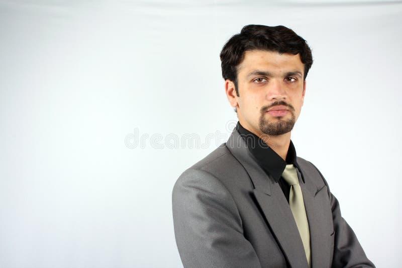 Intelligenter indischer Geschäftsmann lizenzfreies stockbild