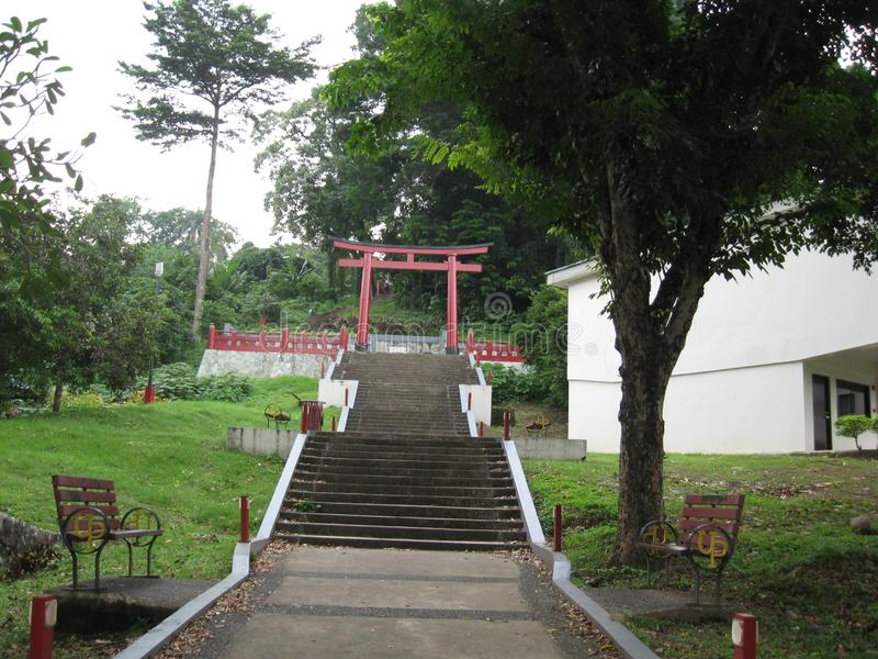 Intensifica a Nihon Koen cerca de la universidad de Los Banos, Filipinas fotos de archivo