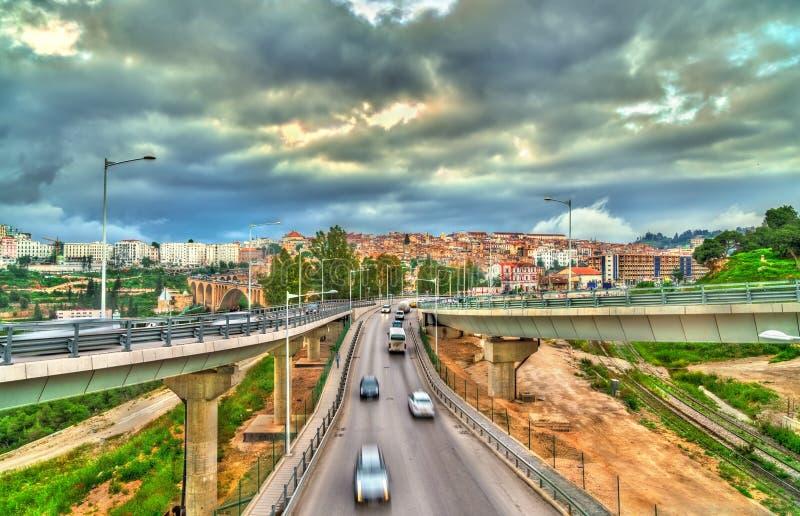 Intercâmbio do tráfego em Constantim, Argélia foto de stock royalty free