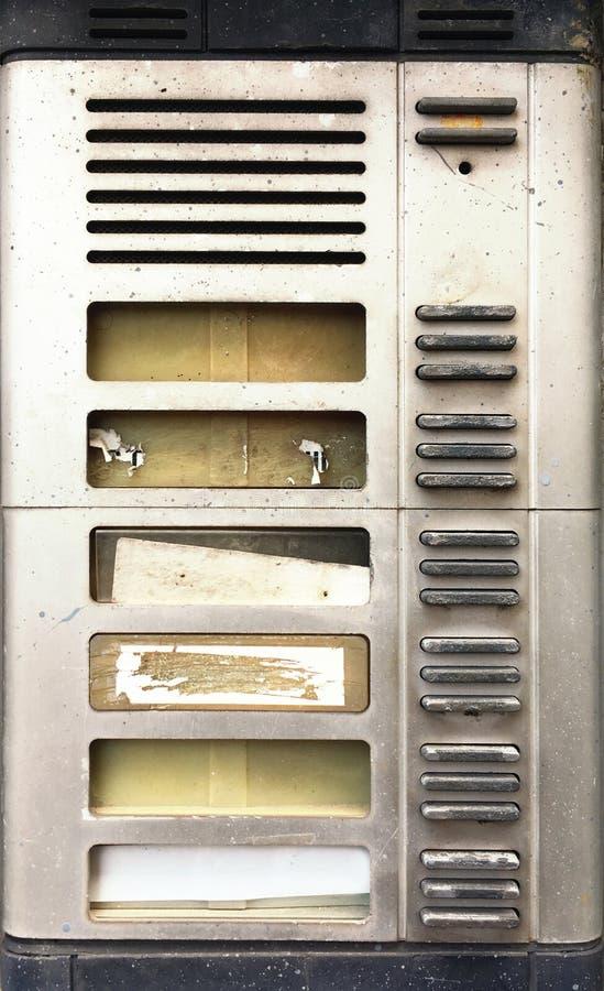 Intercomunicador casero viejo y sucio fotos de archivo libres de regalías