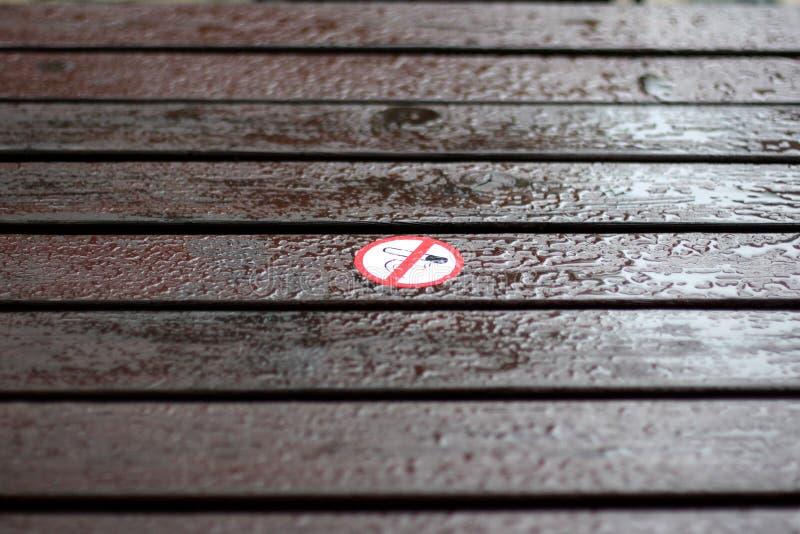Interdicción que fuma imagen de archivo