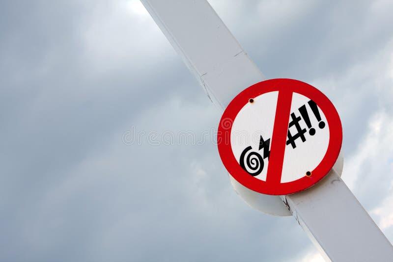 Interdisez de maudire le signe photographie stock