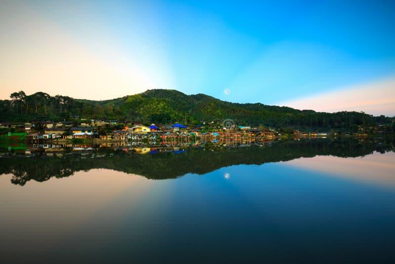 Interdisez Rak thaïlandais, un règlement chinois en province de Mae Hong Son photos libres de droits