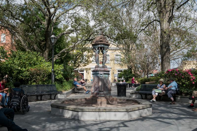 Interessante Statue in Latrobe-Park lizenzfreie stockfotos