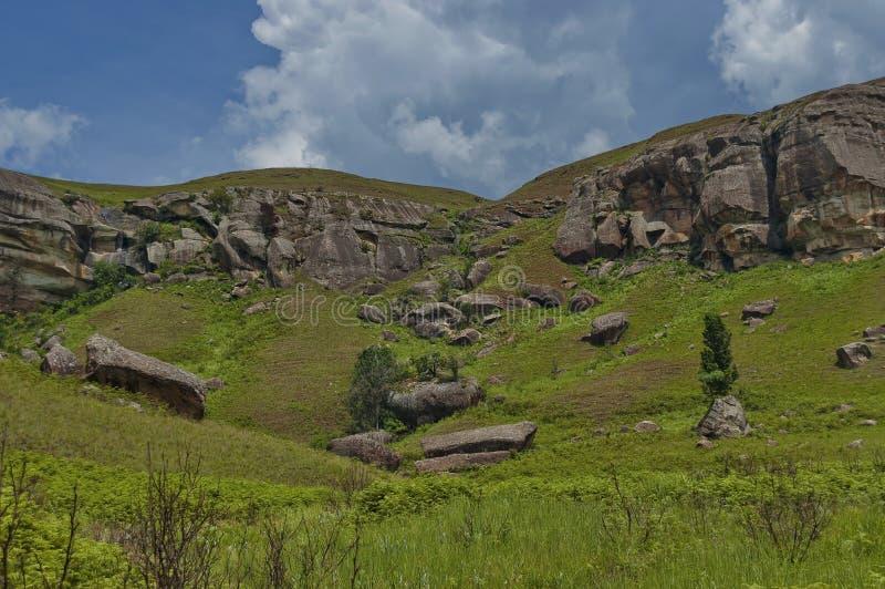 Interessanter Sedimentgestein im Giants-Schloss-Kwazulu Natal Naturreservat stockfotos