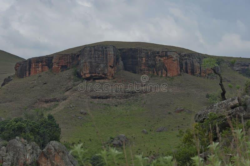 Interessanter Sedimentgestein im Giants-Schloss-Kwazulu Natal Naturreservat lizenzfreies stockbild