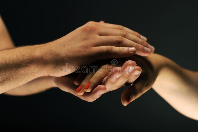 Interessierende Hände lizenzfreie stockfotografie