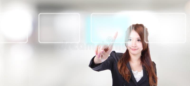 Interfaccia digitale di tocco della donna di affari immagini stock