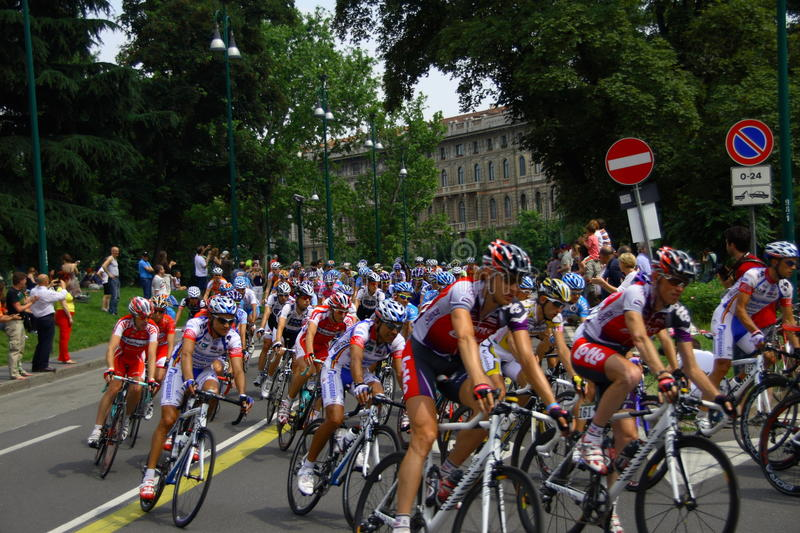 Interim ranking: Milano Show 100 - 17.05.2009. – Mark Cavendish has sprinted to victory in the 165 km ninth stage of the Giro d'Italia in Milan stock images