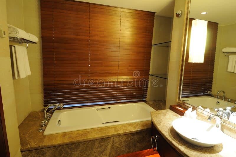 Interior 9 do banheiro do hotel foto de stock