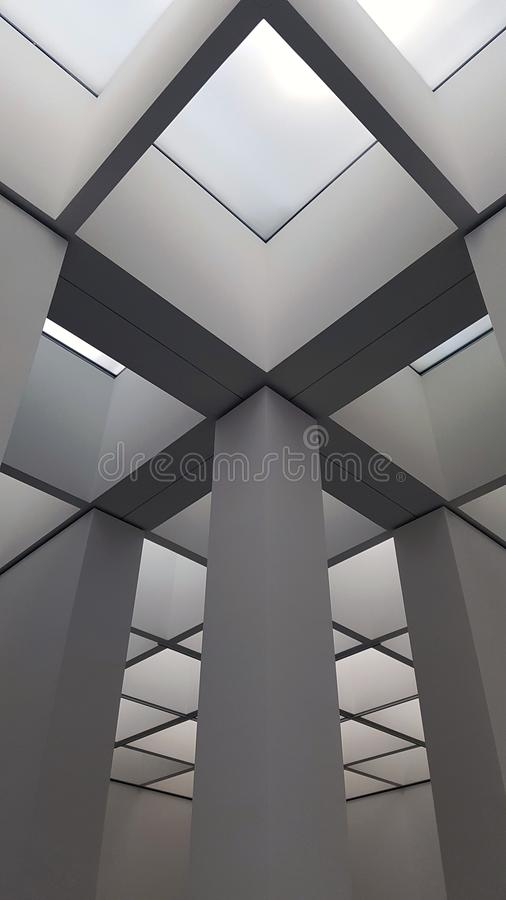 Interior abstracto del negocio en minimalismo o diseño de alta tecnología imagenes de archivo