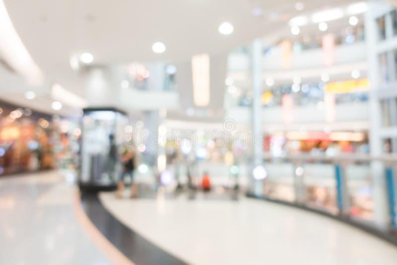 Interior abstrato do shopping do borrão imagens de stock