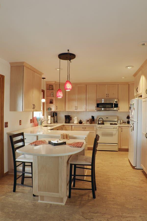 Interior actualizado de la cocina fotos de archivo