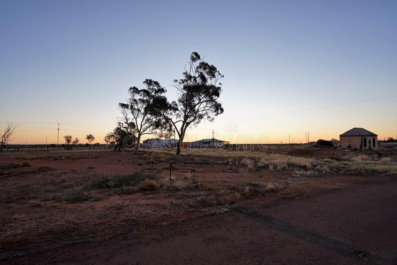 Interior australiano sul no crepúsculo fotos de stock