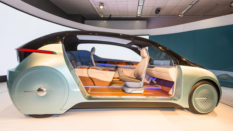 Interior autônomo do carro do conceito de Yanfeng XiM17 foto de stock