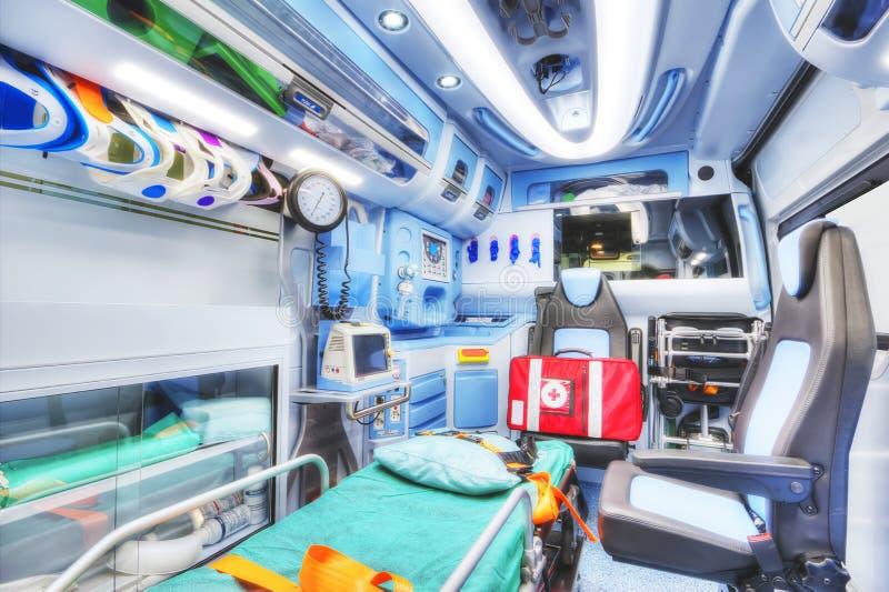 Interior av en ambulans HDR version royaltyfria foton