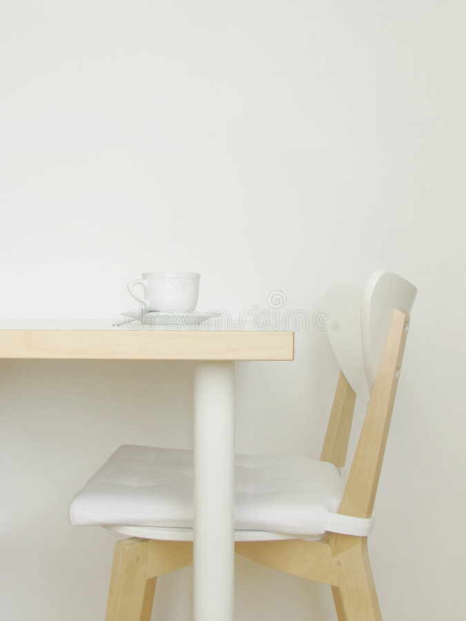Interior branco da cozinha imagens de stock royalty free