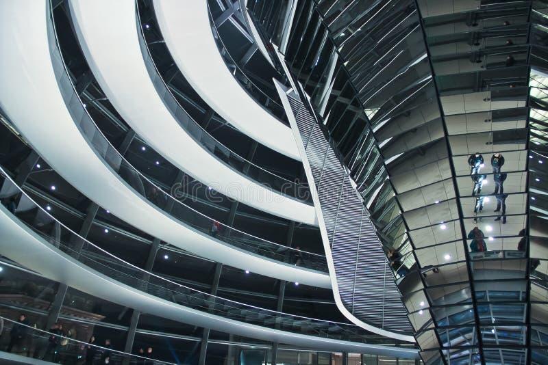 Interior brillante del reichstag, Berlín imagen de archivo libre de regalías