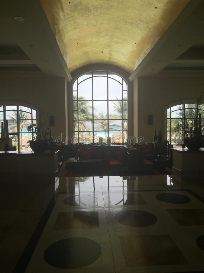 Interior cancun del hotel imagenes de archivo