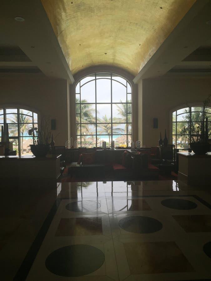 Interior cancun do hotel imagens de stock