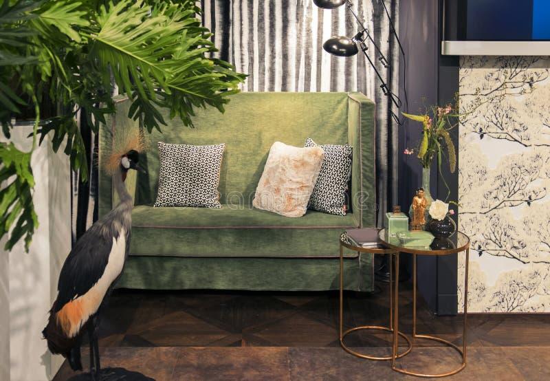 Interior casero verde fotografía de archivo