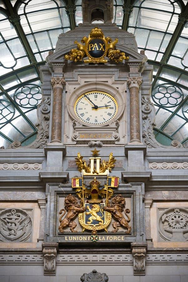 Interior central de la estación de Amberes foto de archivo libre de regalías